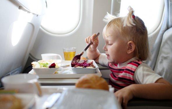 Еда в самолете для детей