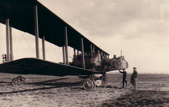 Тяжелый немецкий самолёт