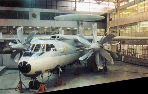 Як-44 с винтовентиляторными